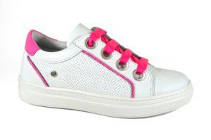 melania_sneaker-in-pelle-bianca-con-inserti-fluo