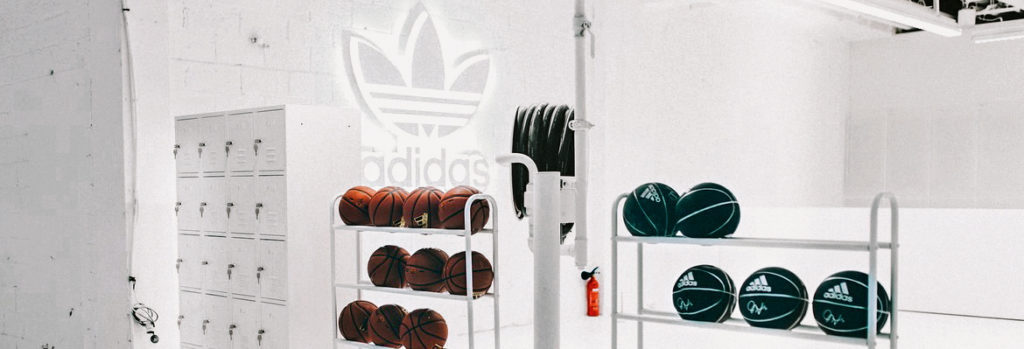 https-hypebeast-com-wp-content-blogs-dir-6-files-2019-05-adidas-originals-home-of-classics-paris-pop-up-1